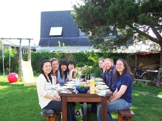 Minfang meets friends in France